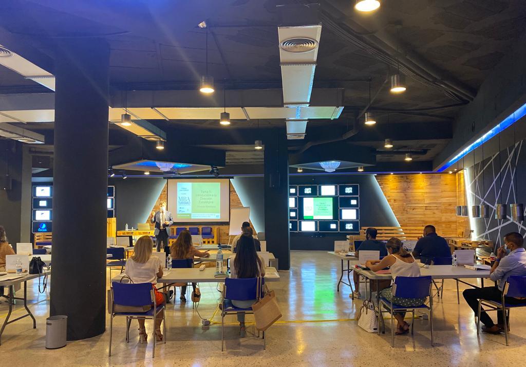 ICTurismo en Tenerife: Primer mes del Programa Superior 2020